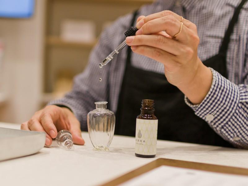 131種類の香りから選ぶ!あなただけの「推し香水」調香体験の画像