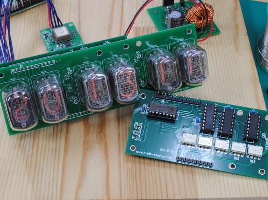 Raspberry Piとニキシー管で時計を作るの画像