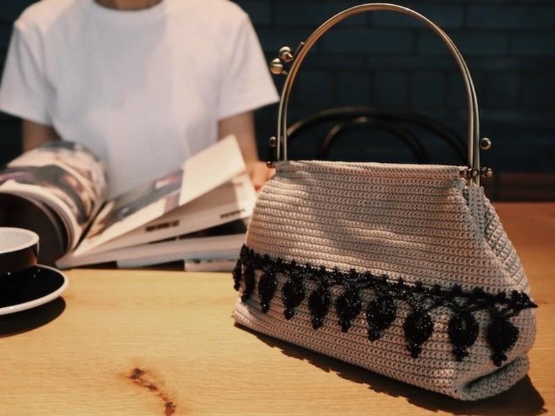 バッグ HOTEL SHE, OSAKAで手編みの世界観を変える!の画像