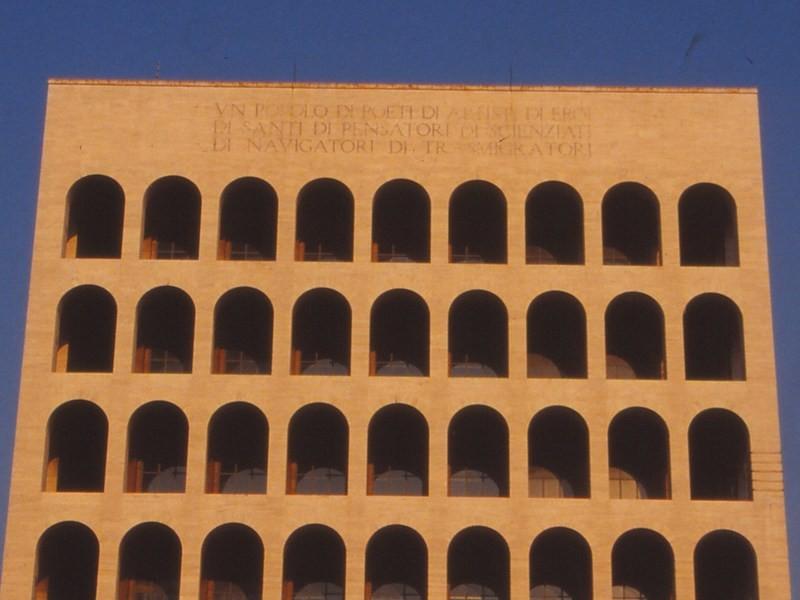 世界史を建築家の視点で学ぶ!「モダンスタイル」の画像