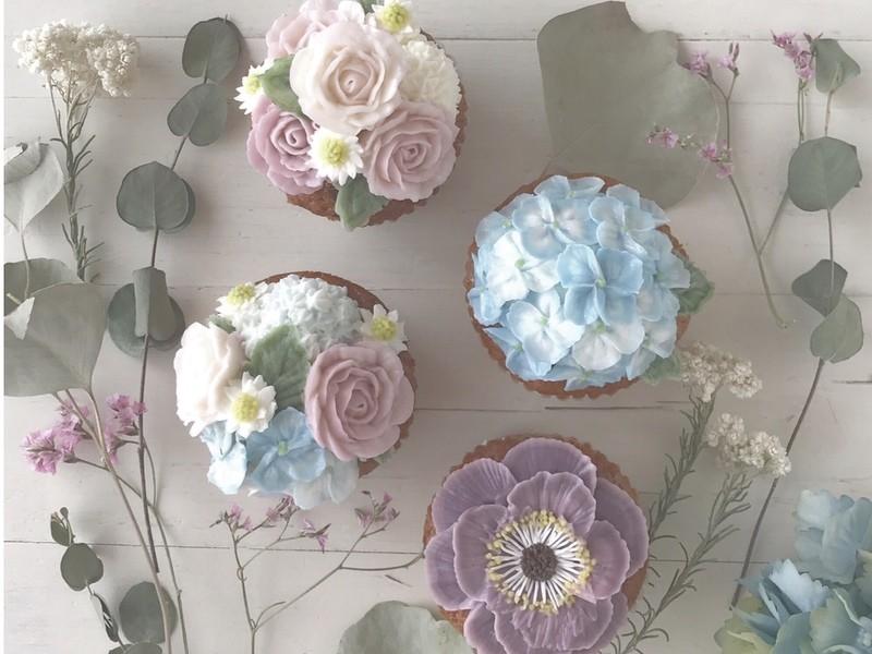 June Flowers♡フラワーケーキのデコレーションレッスンの画像