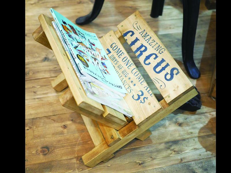 【夏休み木工教室】コンパクトに収納できるマガジンラックの画像