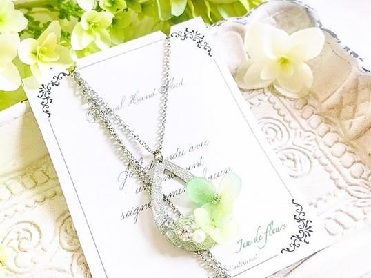 クリアな水晶と紫陽花のネックレス*水晶で運気アップ*初心者歓迎の画像