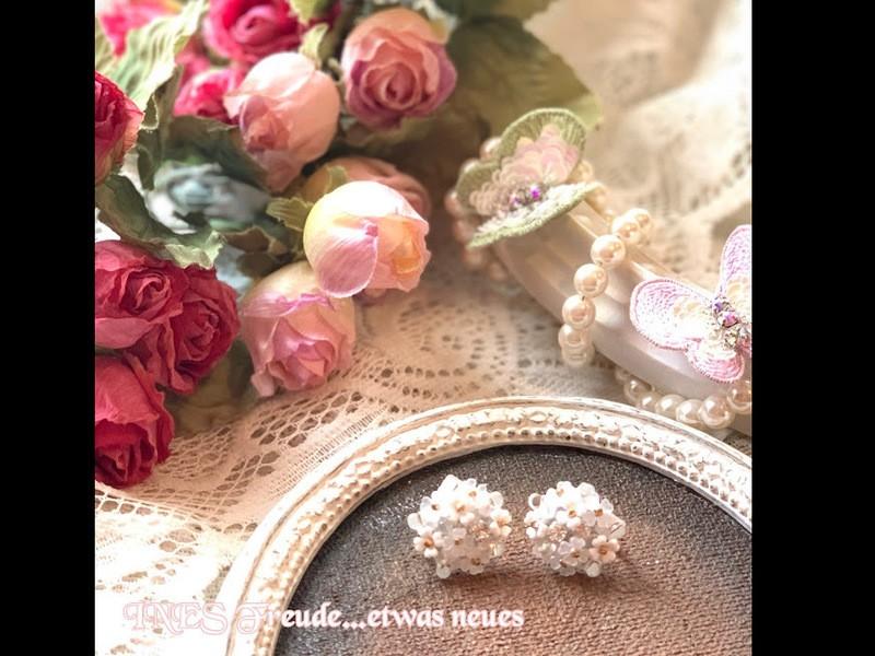 【オンライン対応】小花のブーケ イヤリング・ピアスの画像