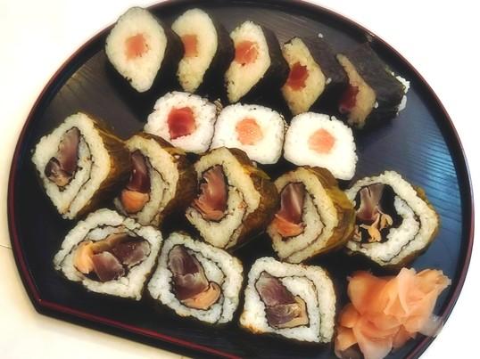 寿司屋の巻き寿司を作ろうの画像
