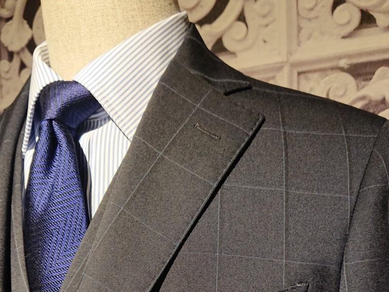 信頼を得るスーツの着こなし方の画像