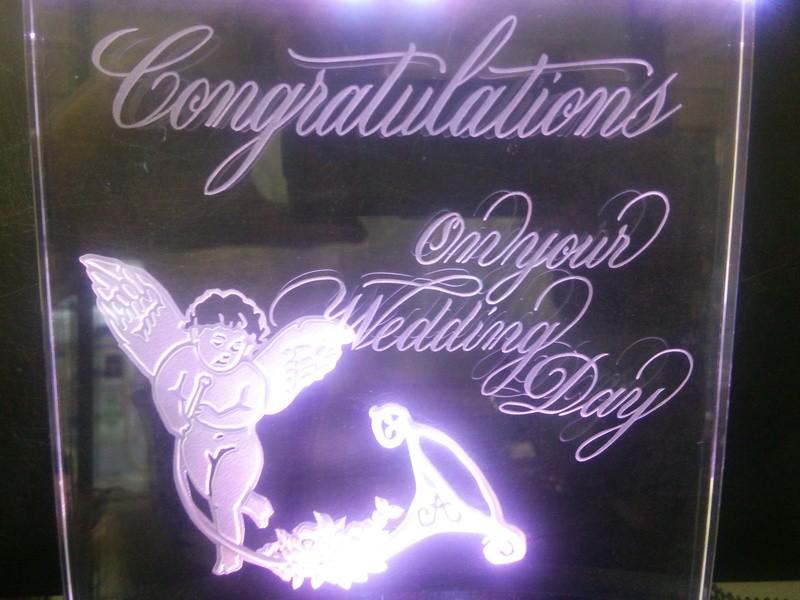 結婚式や記念日の想い出を鮮やかに演出するLEDパネル制作の画像