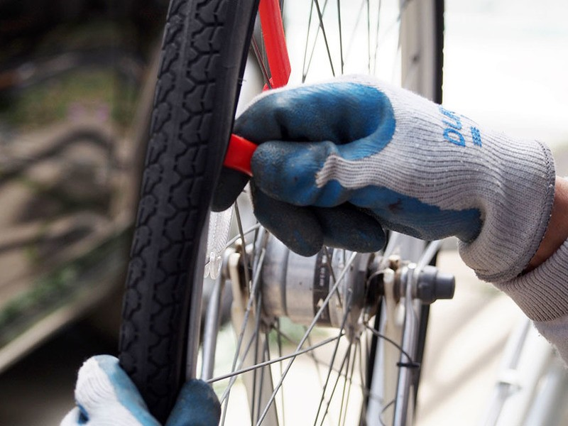 ホームセンター自転車コーナー担当が教えるパンク修理教室の画像