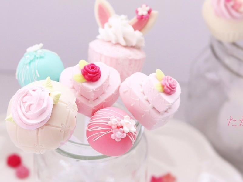 NEW!【可愛いケーキポップス】の画像
