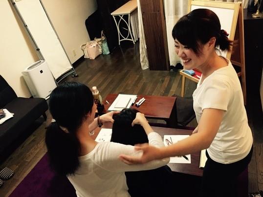 女性限定!簡単に実践できる癒しスキルをマスター♡【首・肩こり編】の画像
