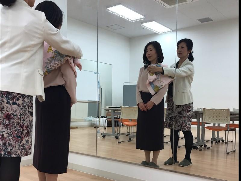 無難から一歩抜け出す!働く女性のための骨格診断の画像
