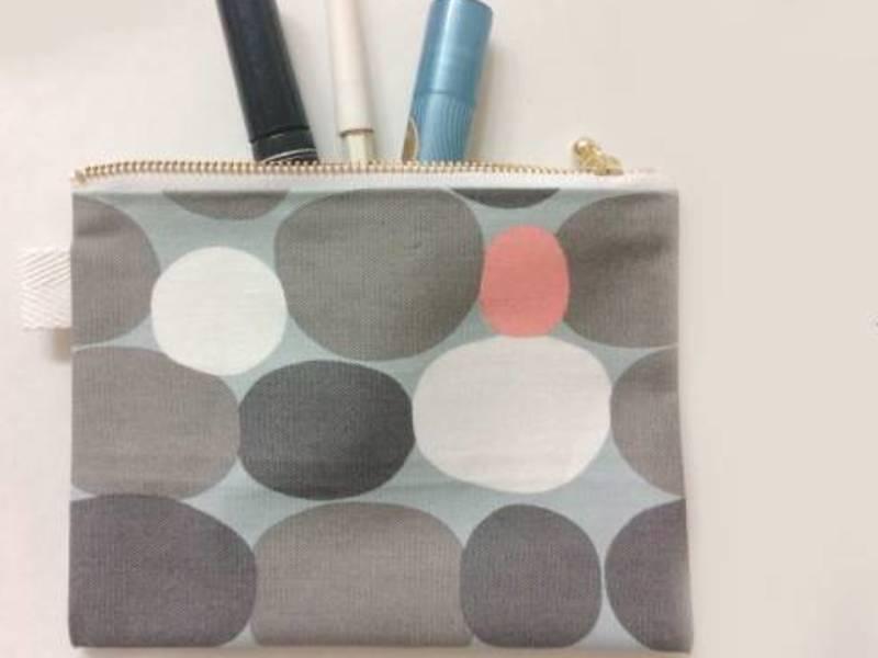 【オリジナルポーチ製作】ちょっとした小物入れに最適な縫わないポーチの画像