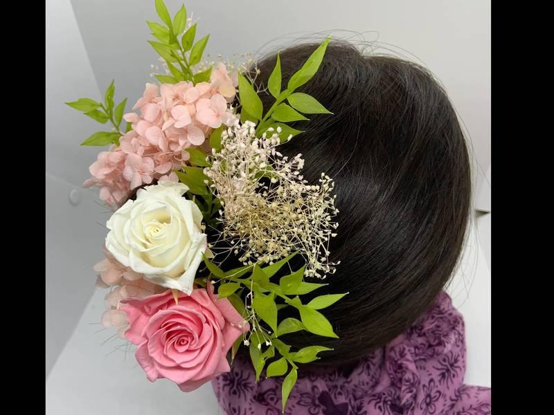 全て、プリザーブドフラワーで作る髪飾り♡大特価!!!20%オフ!の画像
