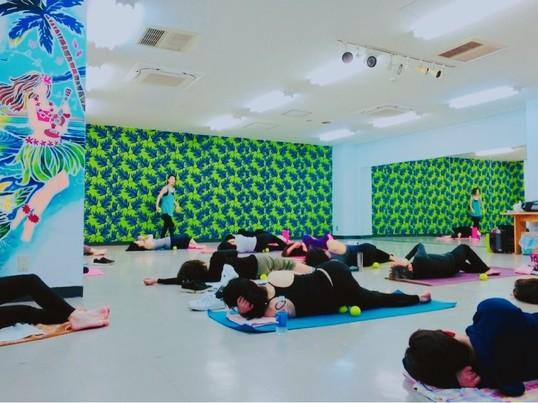 柔軟性をあげたい方のための筋膜リリース&ピラティスの画像