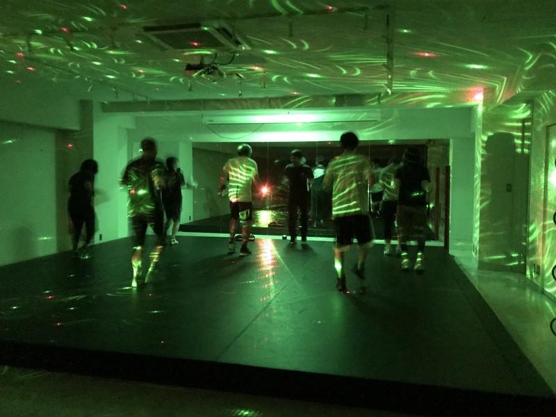 ASB暗闇ボクシング「ボスザイル」の画像