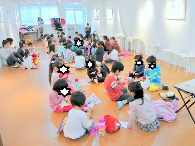 子供向けワークショップのファシリテーター/指導者のためのレッスンの画像