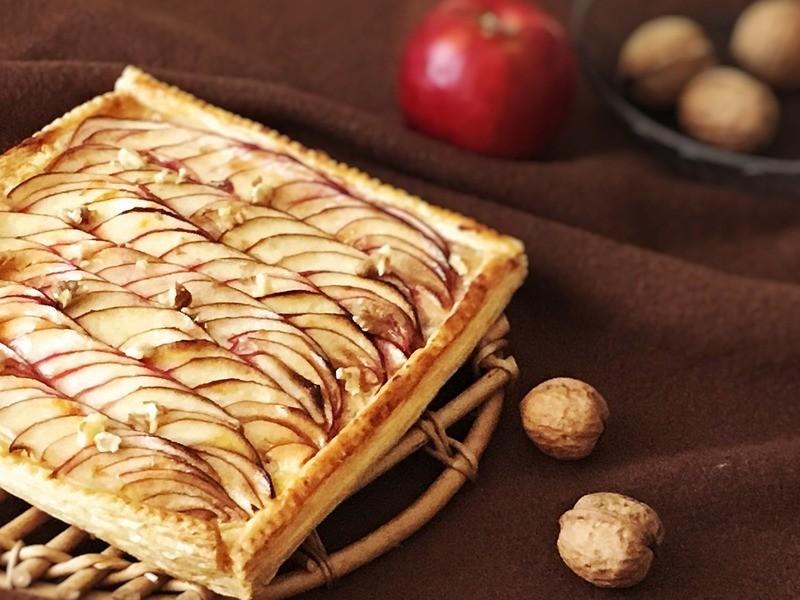 初めてのパイ作り♪りんごの薄焼きパイの画像