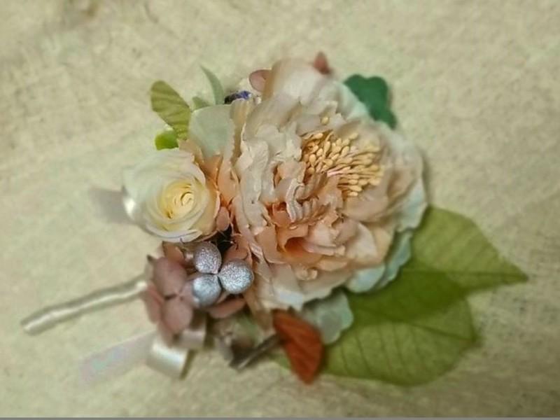 【手ぶらで参加OK!新講座】生花のように美しいフラワーアクセサリーの画像