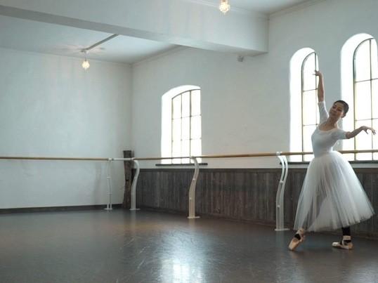 大人からはじめるバレエ(40代・50代・60代以上の方対象)の画像
