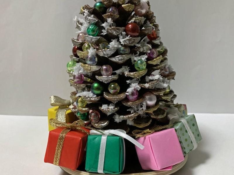 あなたオリジナルのクリスマスの演出にクリスマボックリを創りませんかの画像