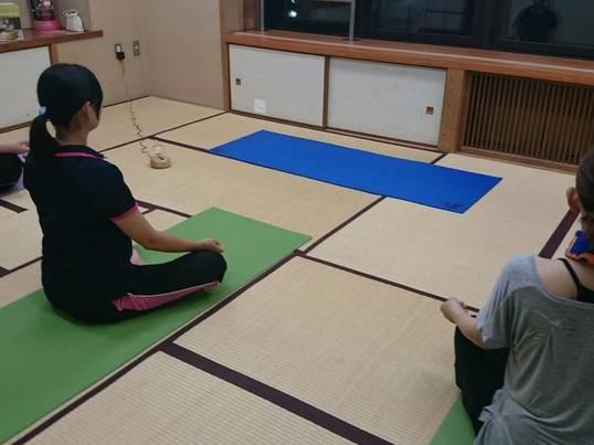 日々のストレスから心と身体を解放する宇宙瞑想ヨガの画像