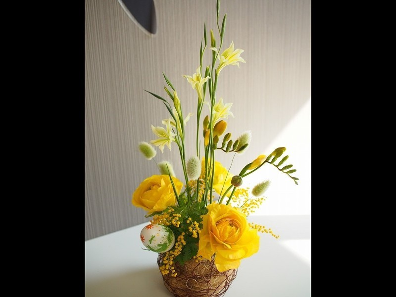 イースターの巣ごもりアレンジ(生花)の画像