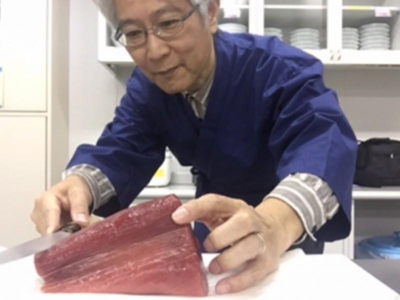 豊洲市場・マグロのブロック調達同行付!包丁さばきと寿司にぎり教室の画像