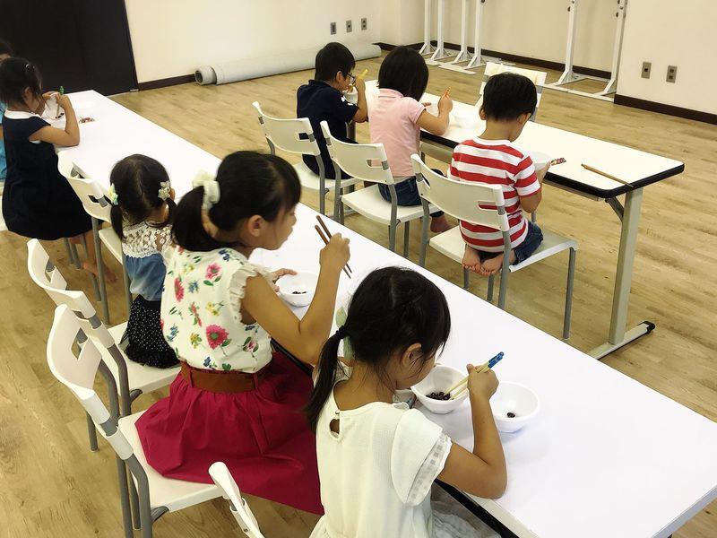 梅田開催 『正しい鉛筆・お箸の持ち方』レッスンの画像