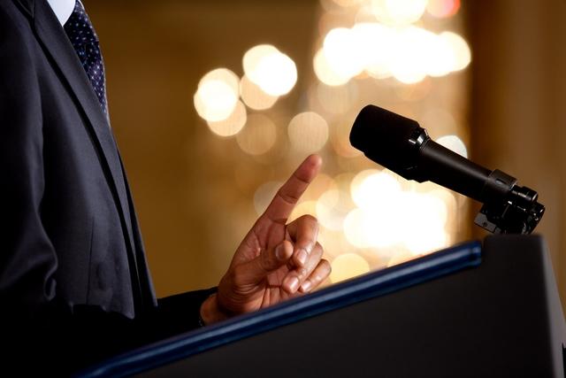 Public Speaking in English