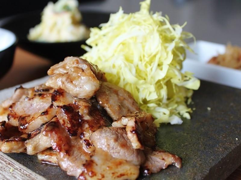 恋する豚の生姜焼き!絶品ポテトサラダ&切り干し大根も!の画像