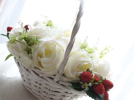 【春の新作♪】strawberry picnicの画像