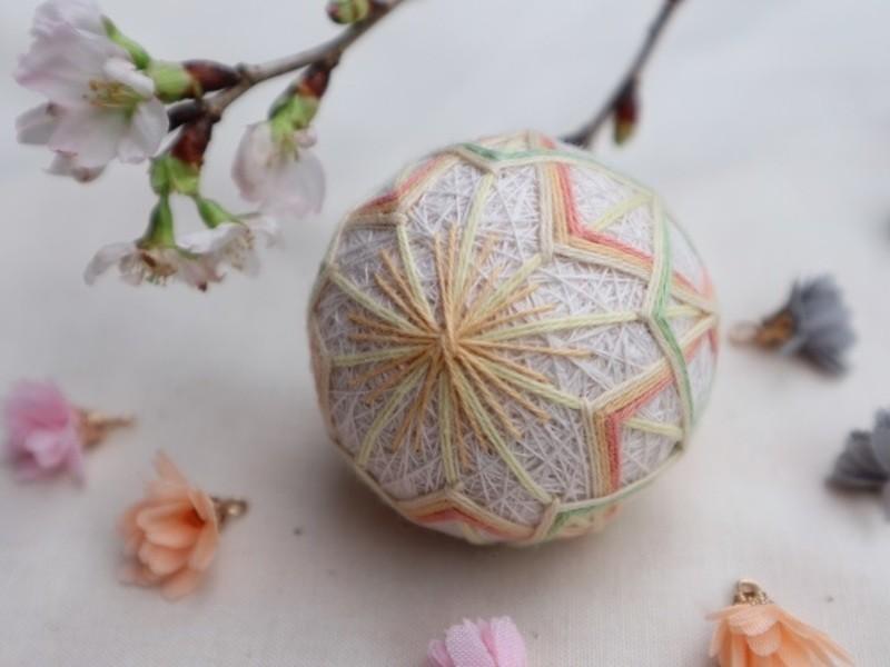はじめての手まり体験。春爛漫♪ 桜文様のちび手まりを作ろうの画像