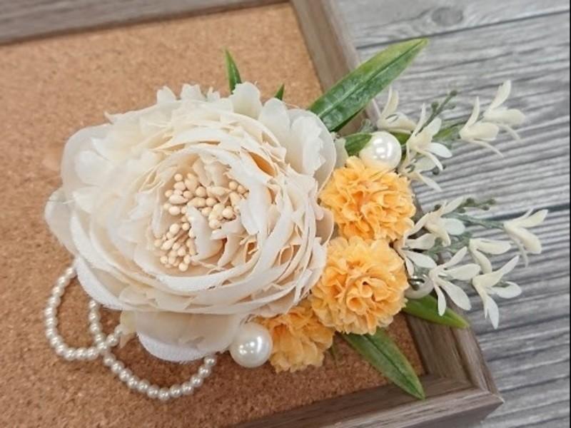 初心者歓迎♪ お花のコサージュを作ってみようの画像
