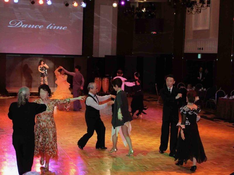 初めての社交ダンス パーティーダンスを踊っちゃおう!の画像