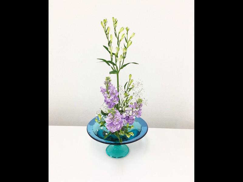 春のお花を楽しみましょう(季節の生け花)の画像