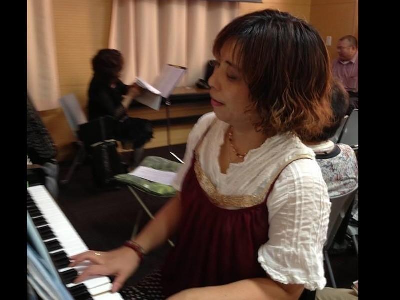 ピアノを聴いてイメージしたり声を出すメンタルアップワークショップの画像