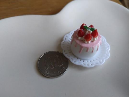 ミニチュアフードのいちごケーキを作ろうの画像