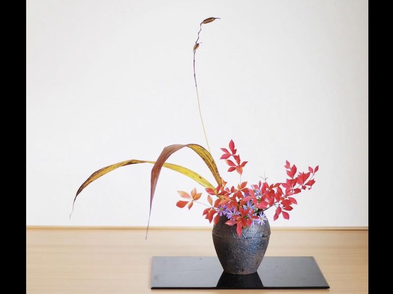 気軽に生け花体験教室・暮らしに花を〜【女性・初回限定】【いけばな】の画像