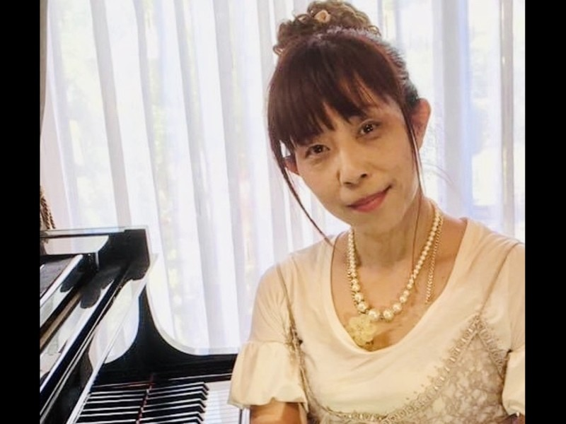 今から弾ける!大人のための青春の名曲をマスターするピアノレッスンの画像