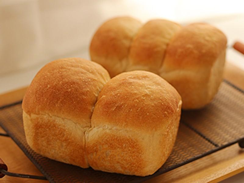 【オンライン】こねないパン教室< 玄米甘酒の豆乳ミニ食パン>の画像