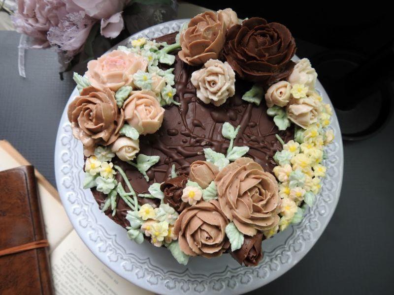 【ストアカ限定】チョココーティング&バタークリームフラワーケーキの画像