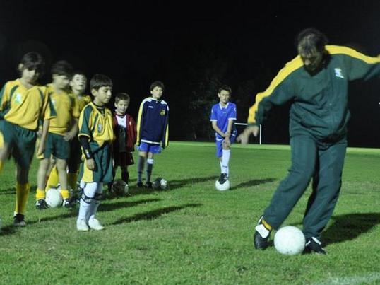 (サッカーフットサル・スクール形式)要望に応じた技術向上プログラムの画像