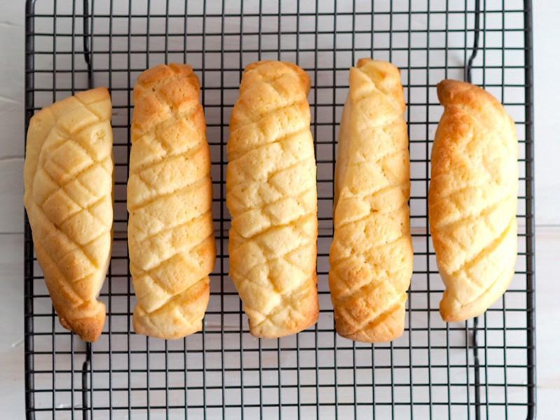 【作り置きOK トースターで焼ける】簡単!メロンスティックパンの画像