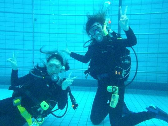 スキューバダイビング講習(プールのみ)の画像
