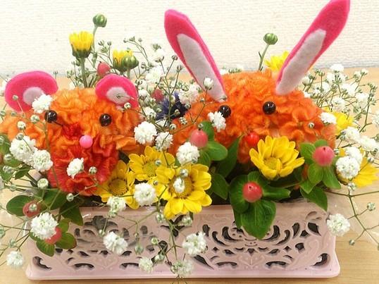 港区の歴史あるお寺でお花を生けようの画像