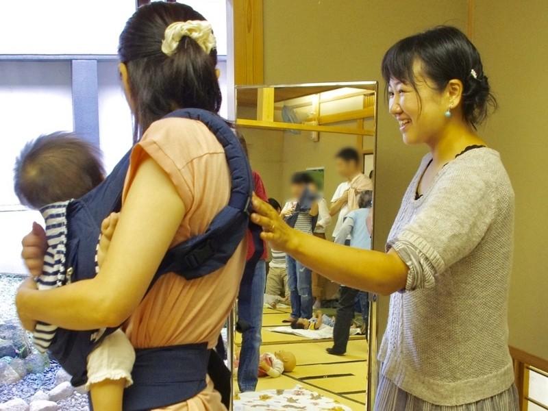 子育てを自由に!産後家族の多様な状況に対応する抱っこおんぶを知るの画像