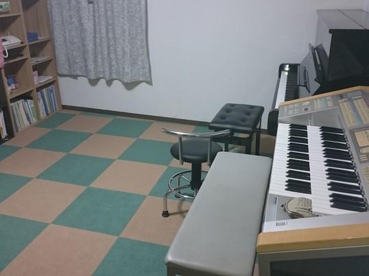 ピアノ、電子オルガンどちらでも!やりたい音楽が習えます♪の画像