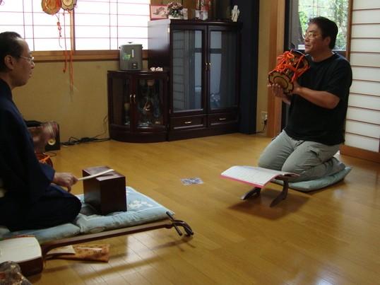 一度はやってみたい☆伝統和楽器『小鼓』を打つ!!の画像