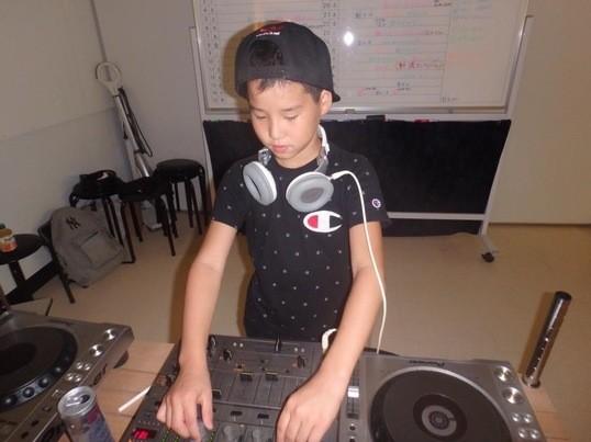 子供から大人まで参加募集!!DJスクール!!の画像