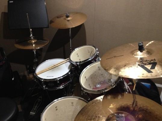 ゼロから始めるマンツーマンのドラム教室!まずは1曲叩けるように!の画像